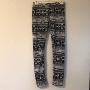 3 for $15/ Lined Leggings with Geometric Pattern